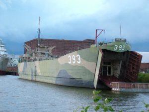 LST 393